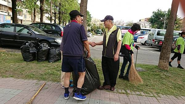 20171028溪湖鎮團委會清靜家園_171030_0014.jpg