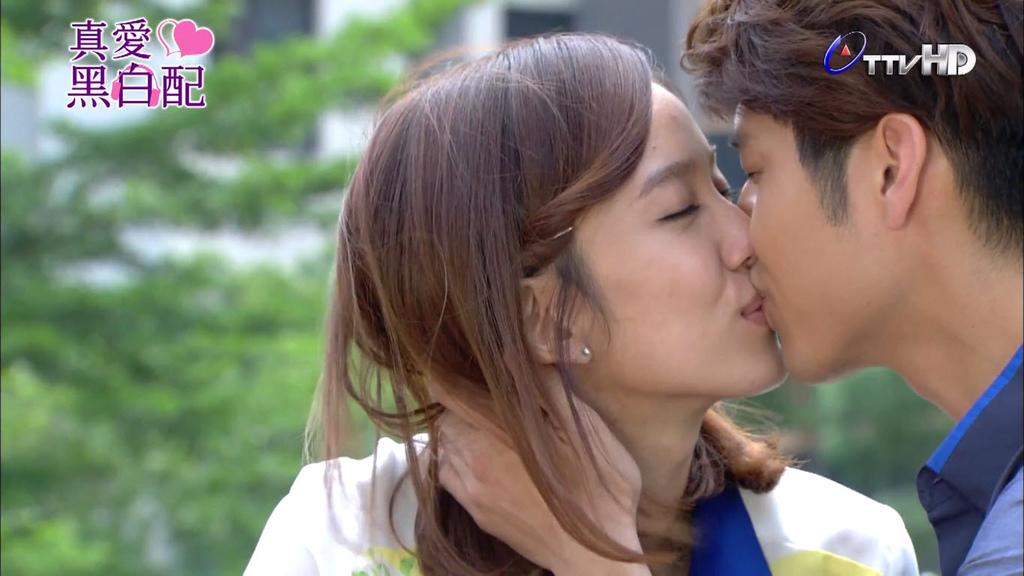 Ep18-kiss01.jpg