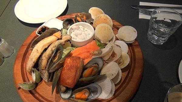 但尼丁海鮮餐(1).jpg
