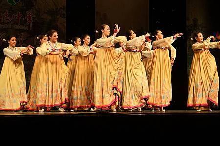 女子舞蹈鈴鐺-2.jpg