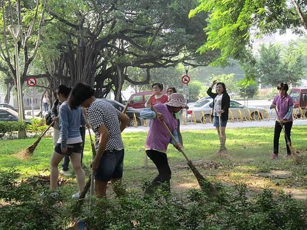 1030314 工青一隊「社區美化」 公園環保淨化活動-3