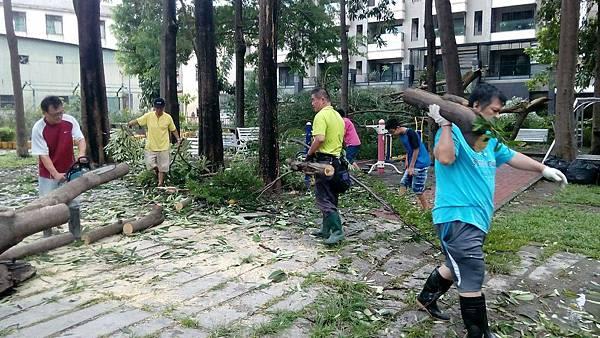 1040810大高雄真善美社區美化活動--颱風災後復健-2