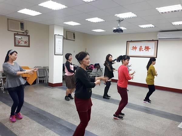 107年舞蹈研習(週二)_180119_0010.jpg