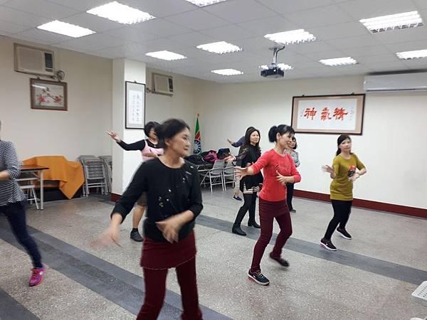 107年舞蹈研習(週二)_180119_0009.jpg