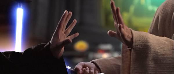 Star.Wars.Episode.3.Revenge.of.the.Sith.2005.1080p.BrRip.x264.BOKUTOX.YIFY.mp4_snapshot_01.52.07_[2015.12.16_13.46.01]