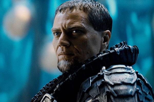 Man-Of-Steel-Michael-Shannon-General-Zod-2.jpg