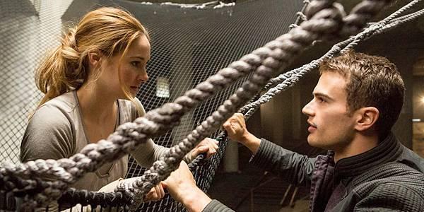 Insurgent-New-Posters-2015-Movie.jpg