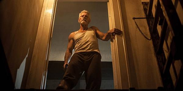 Dont-Breathe-Stephen-Lang-as-The-Blind-Man.jpg