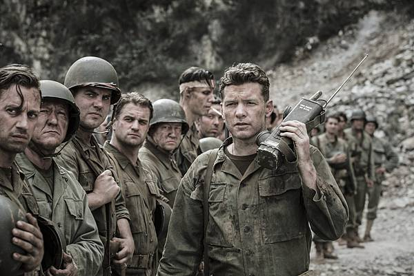Sam-Worthington-in-Hacksaw-Ridge-2016.jpg