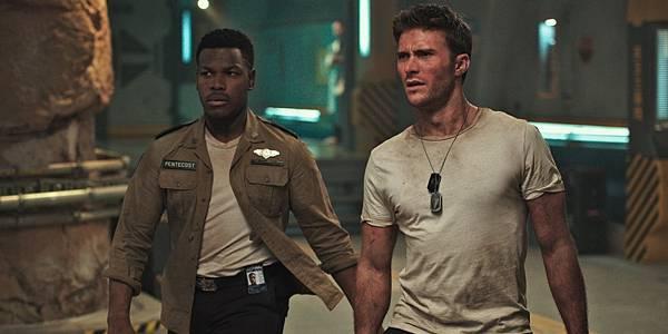 John-Boyega-and-Scott-Eastwood-in-Pacific-Rim-Uprising.jpg