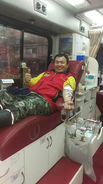 1060225土城團捐血2.jpg
