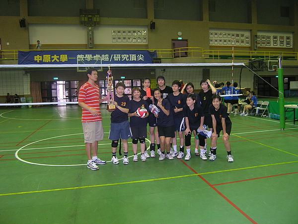 第一名 排球小學.JPG