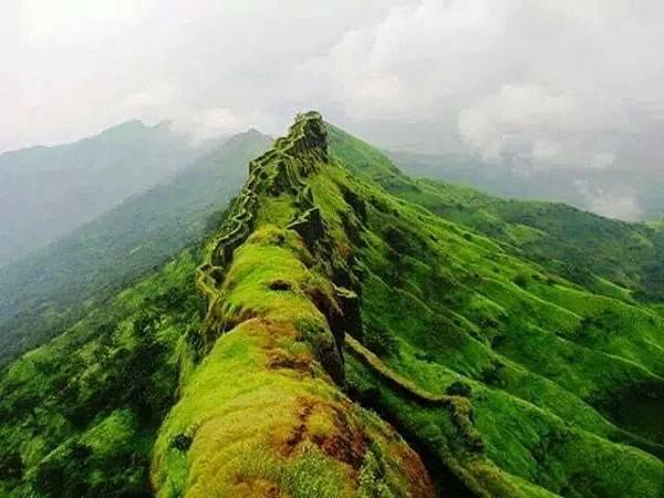 山岳.jpg