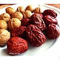 來自北疆紅棗和胡桃