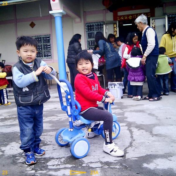 騎車2.jpg