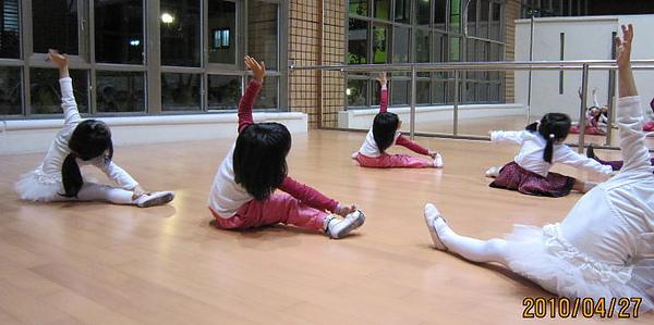 舞蹈-1.JPG