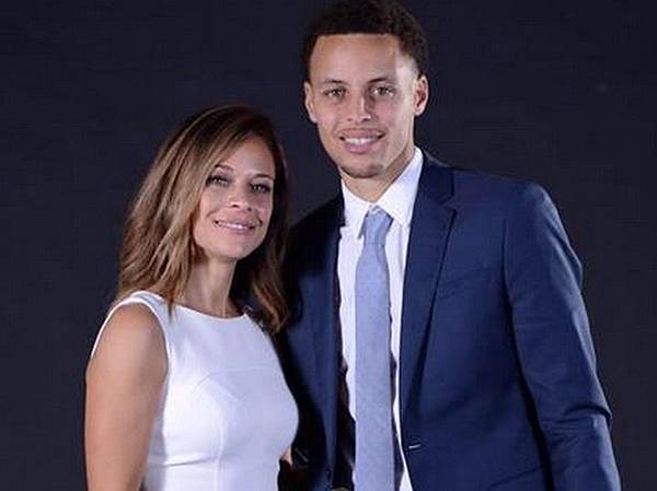 Sonya-Curry