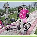 騎腳踏車01