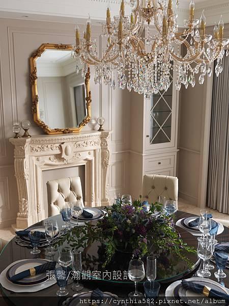 1餐廳壁爐鏡子復古古典鋼烤桌餐桌餐椅釘扣美式.jpg