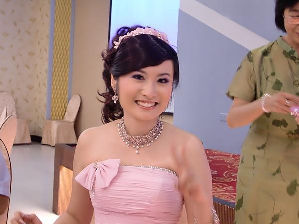 27. 世界最正的新娘!!!!!!.JPG