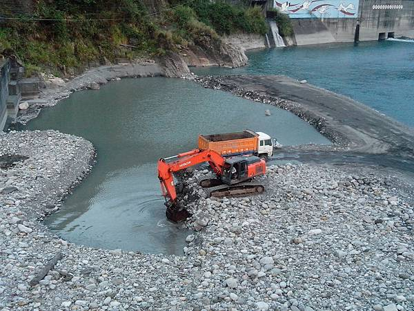 大甲溪採砂石