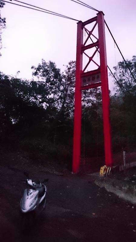 平靜吊橋(精英村)