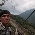 """回看""""爬""""上來的陡橋"""
