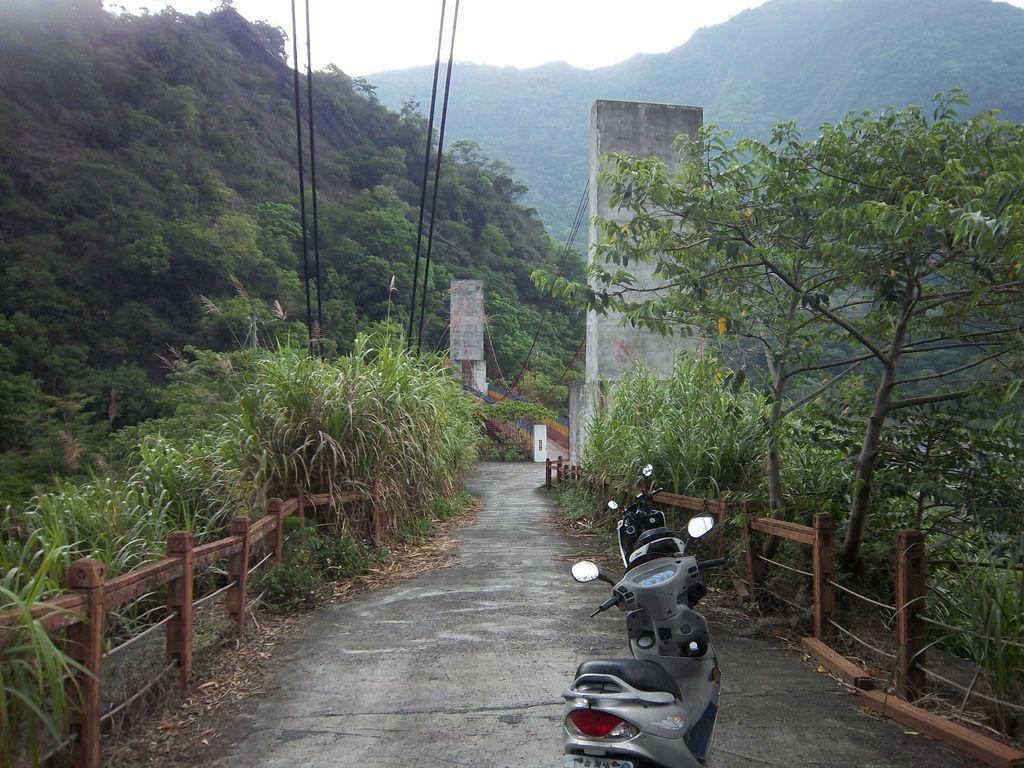 穌斯共吊橋→東龍吊橋