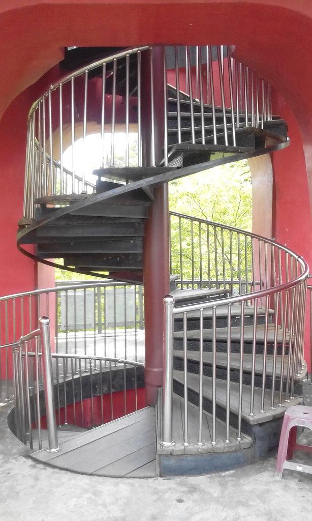54階迴旋梯