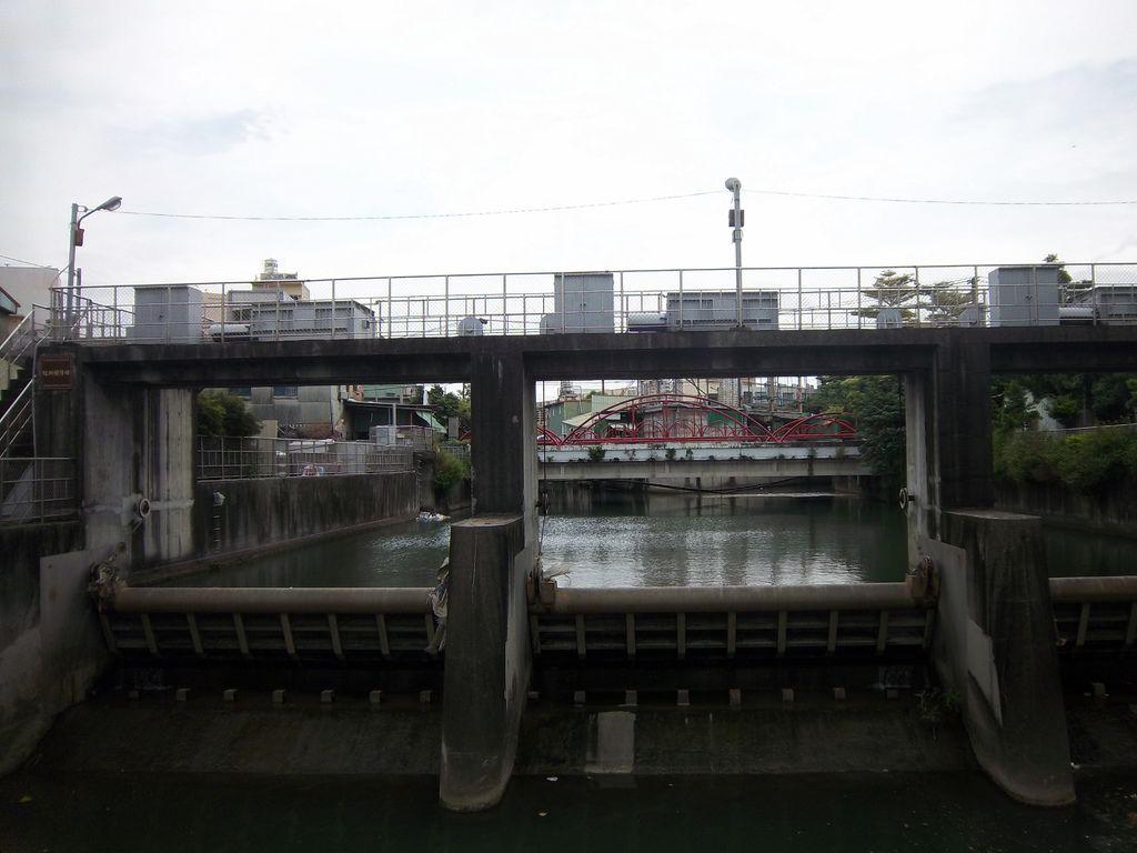 大雅排水壩(紅圳壩仔埤)
