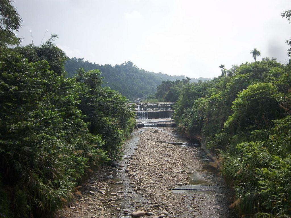 橋下松柏坑溪