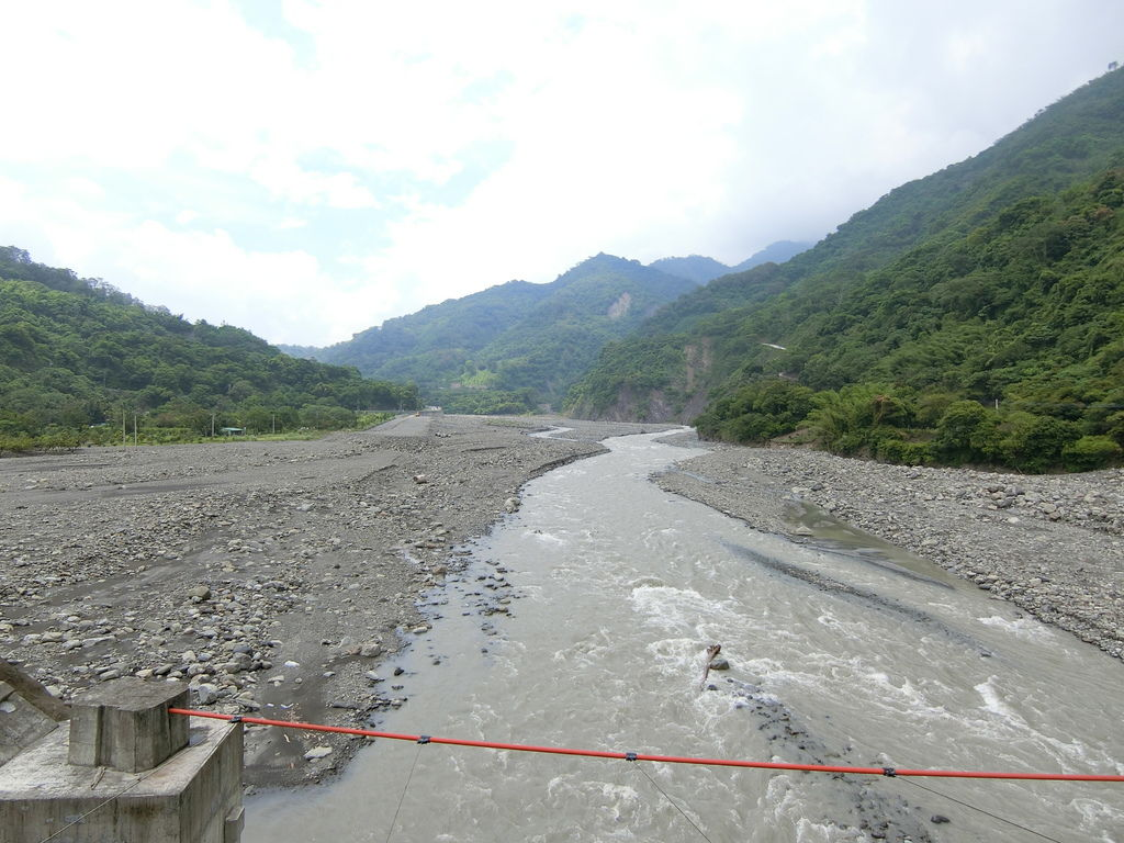 橋下荖濃溪