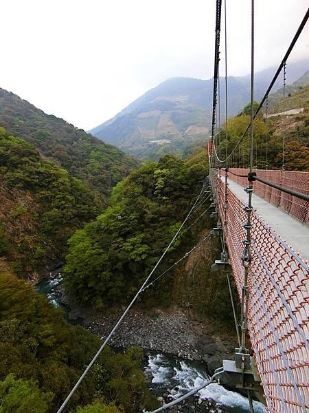 平靜吊橋(都達村)