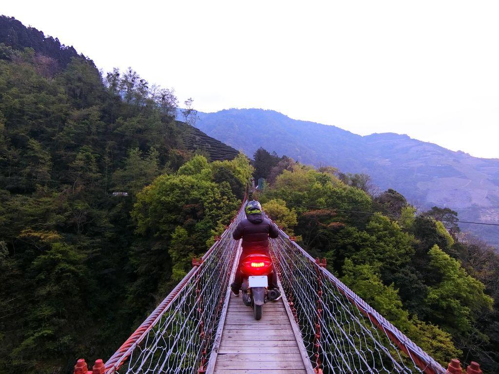 力行吊橋(力行村)