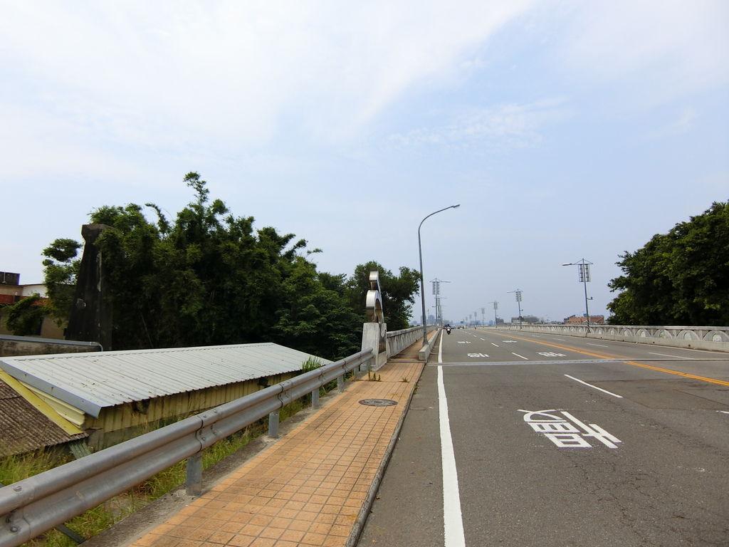 中港溪橋遺跡(頭份)南端