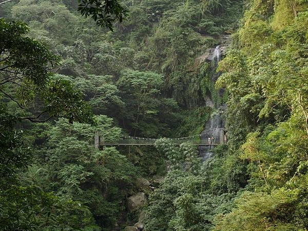 雷音瀑布&10號吊橋