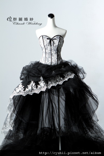 8476禮服~高雄群麗婚紗攝影