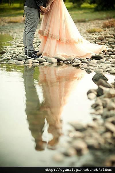 高雄群麗婚紗攝影風格,新人婚紗照-水面映影