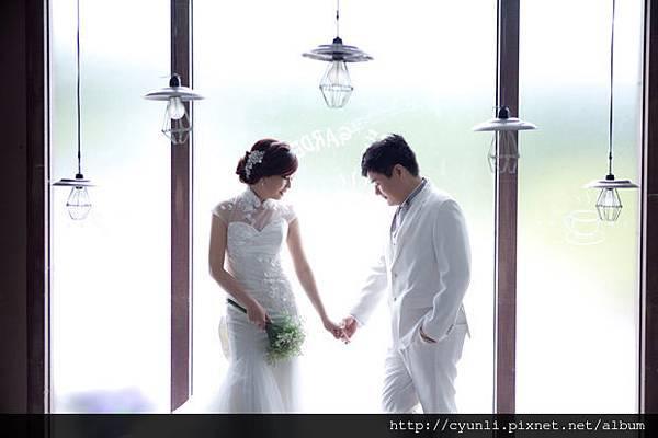 婚紗攝影拍照結婚挑婚紗~多樣好選,、很美又很大氣,質感效果,群麗婚紗最捨得以禮服投資服務顧客