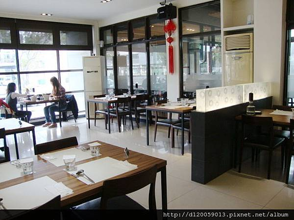 台南市海安路~卡夫咖啡