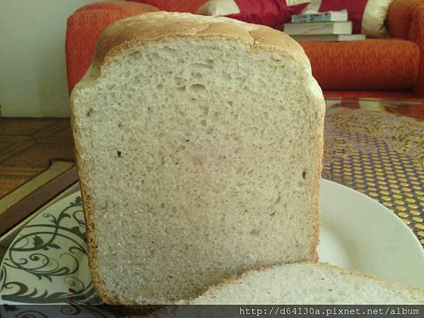 無奶蛋亞麻仁卵磷脂麵包