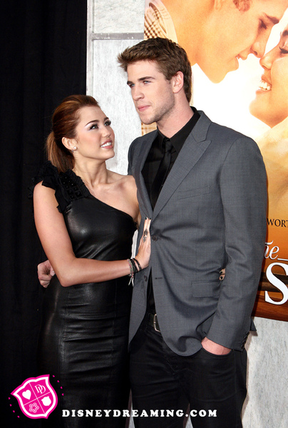 Miley-Liam-The-Last-Song.jpg