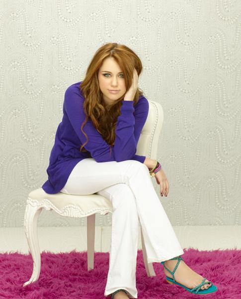 Hannah-Montana-Forever-8.jpg