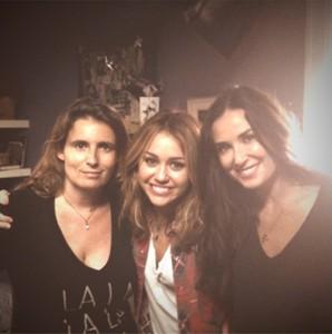 Demi_Moore_Miley_Cyrus_.jpg
