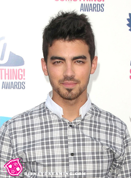 Joe-Jonas-Do-Something.jpg