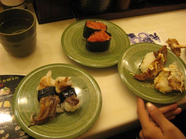 還是吃迴轉壽司啦!!