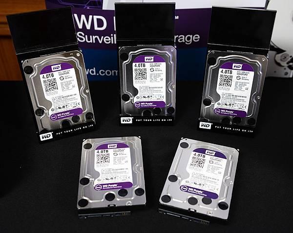 圖說六:WD Purple的 AllFrame(tm) 技術可減少影像遺失,並改善資料的流暢度及播放操作;WD Purple還具有獨家的升級韌體,可防止監控系統所產生的視訊模糊及中斷問題。
