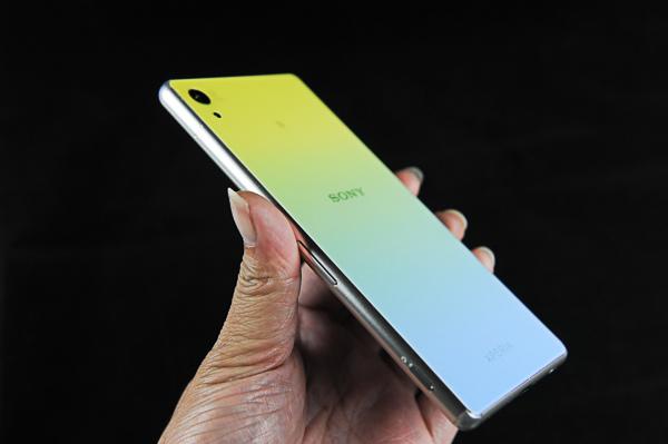 Sony Z3+ 康寧玻璃+包膜-113