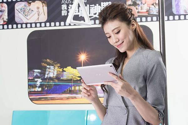 ZenPad 8.0平板電腦結合電視級顯示晶片,搭配尖端影像處理技術ASUS Tru2Life、DTS音訊技術,震撼影音效能打造「追劇神器」完美首選,無論通勤、旅行,隨時隨地坐享劇院級娛樂盛宴。