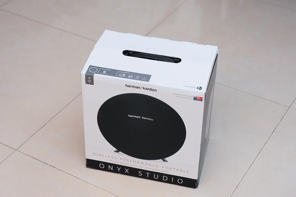 Harman kardon oynx studio-67